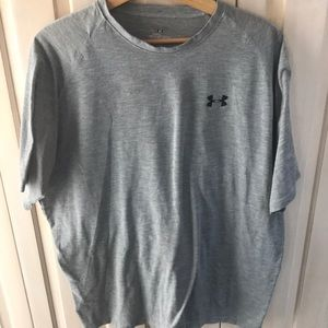 Men's xl under armor T-shirt